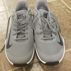 Nike trainer shoes mens 10.5